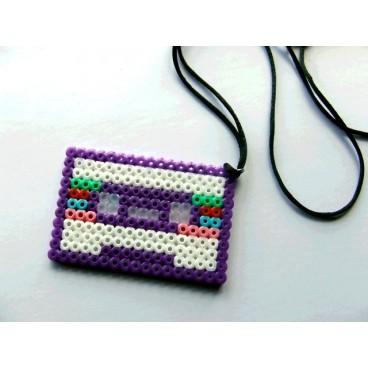 Cassette pixel-art 3 colgante