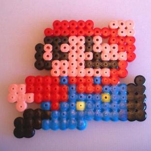 Mario saltando sprite pixel-art