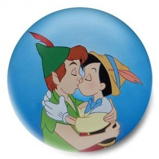 Peter Pan y Pinocho Gay beso